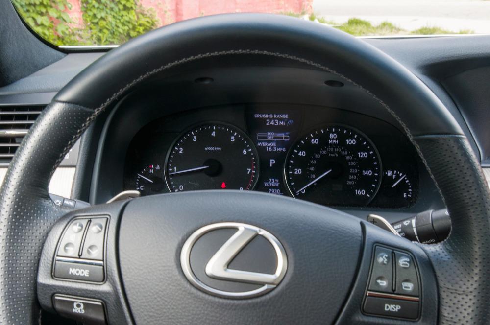 2014 lexus ls460-22.jpg