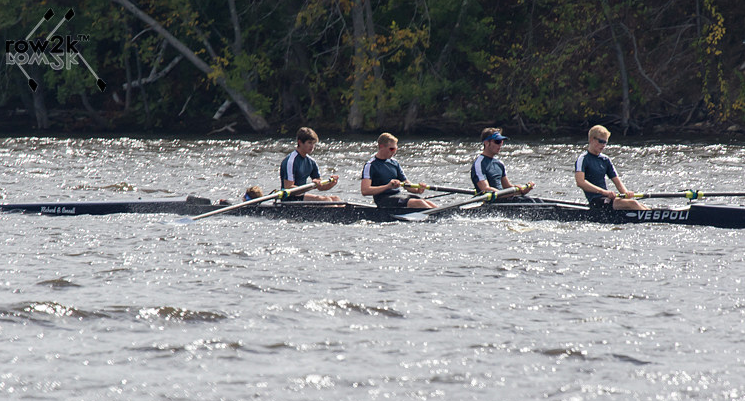 Boys' 4+ racing on the course