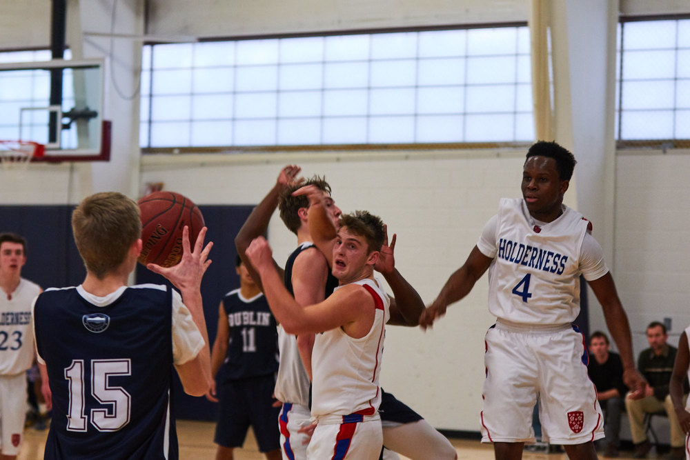 Boys Varsity Basketball vs. Holderness School - January 20, 2016 13852 - 17-24-10.jpg