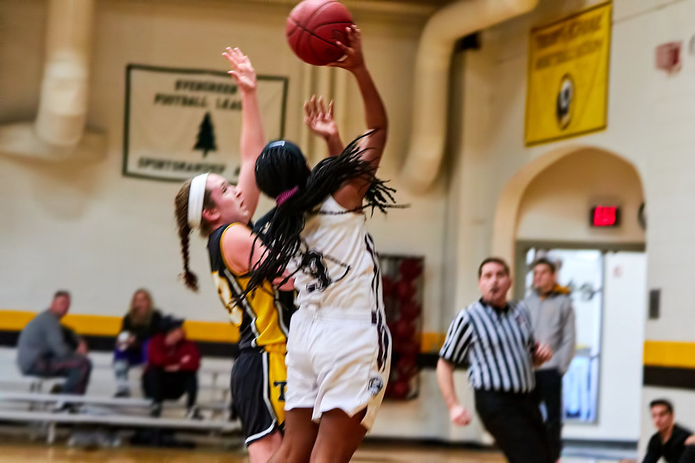 Girls Varsity Basketball vs_022716_07.jpg