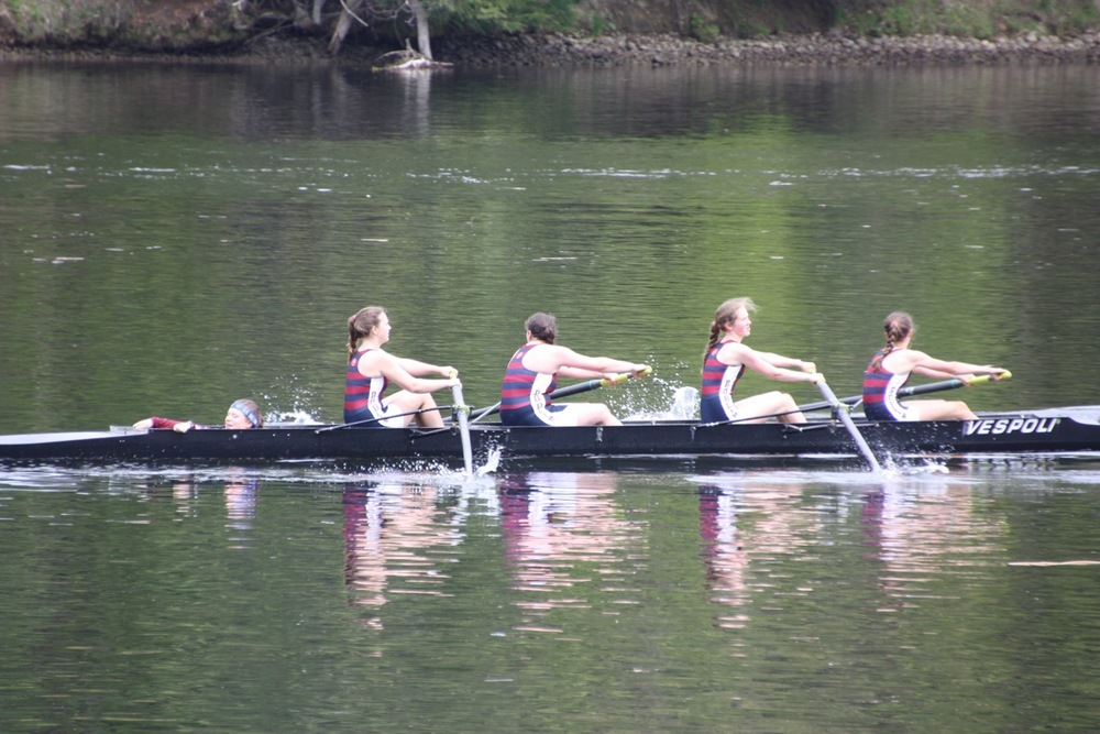 Girls' Novice.