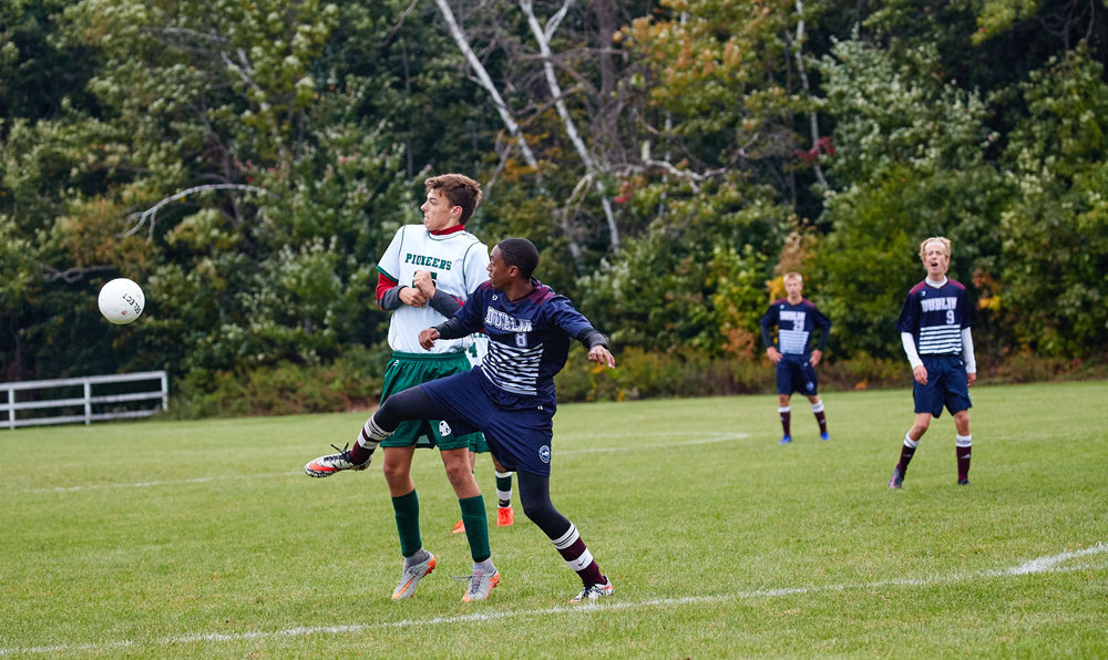 Boys Varsity Soccer vs. Eagle Hill School - September 28, 2016  2016- 000038.jpg