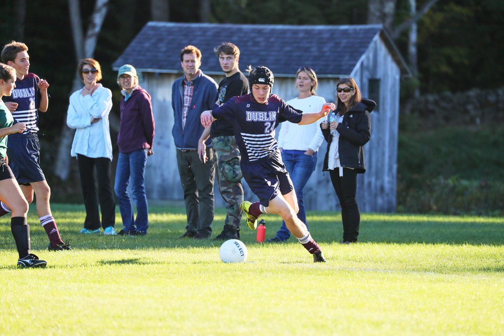 Boys Varsity Soccer vs. Hartsbrook School - October 7, 2016  - 49969 - 000121.jpg