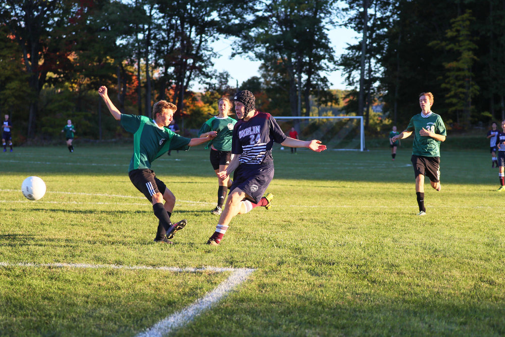 Boys Varsity Soccer vs. Hartsbrook School - October 7, 2016  - 50101 - 000134.jpg