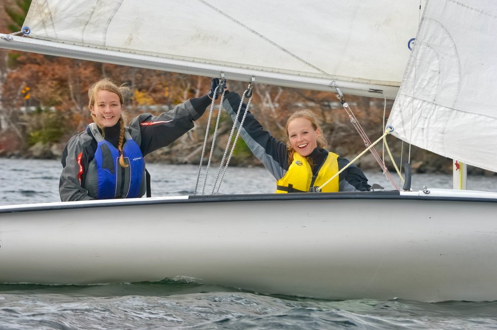 After most of the season in separate boats sisters Taya and Mya finally raced together!