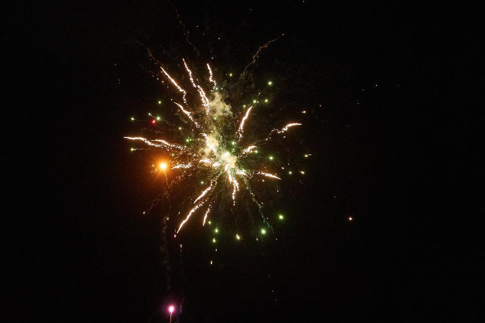 Celebration of Light -  3921 - 074.jpg