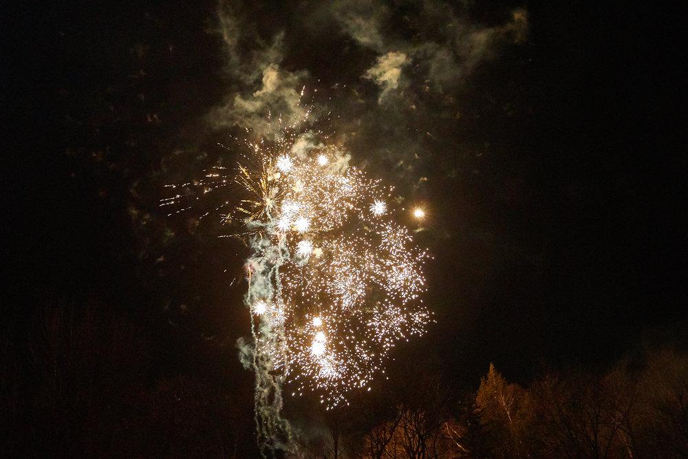 Celebration of Light -  3936 - 082.jpg