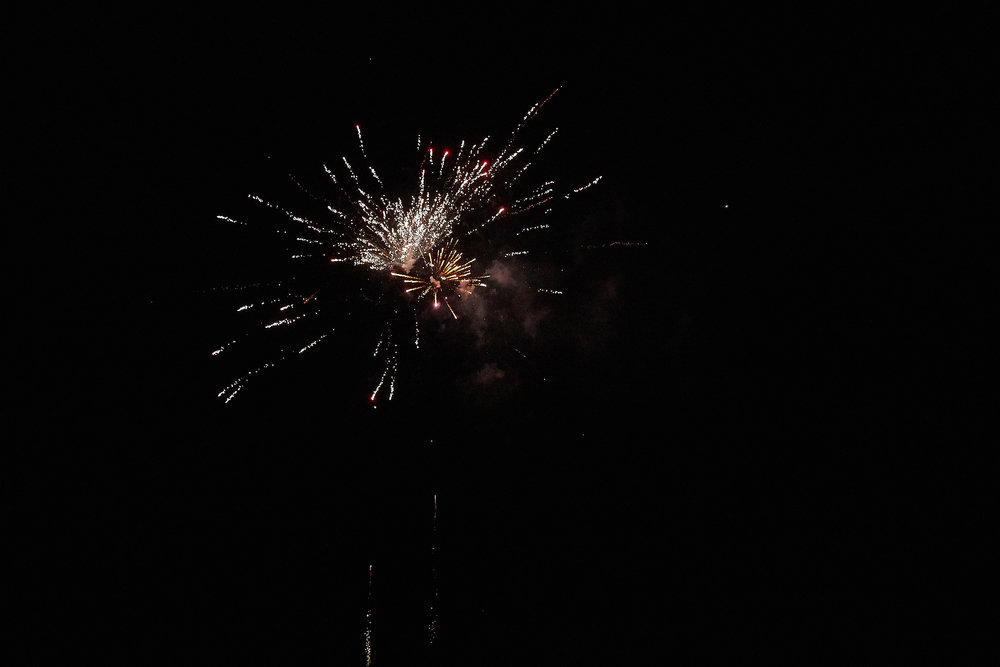 Celebration of Light -  4013 - 095.jpg
