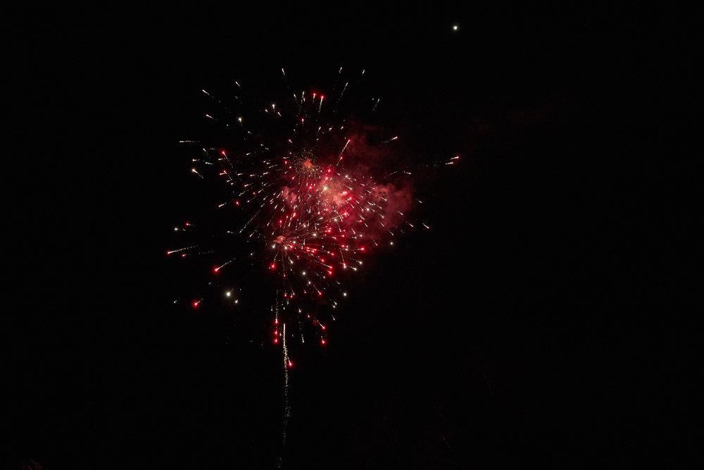 Celebration of Light -  4009 - 094.jpg