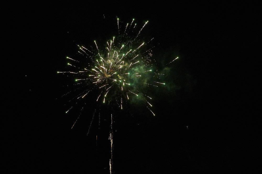 Celebration of Light -  4017 - 096.jpg