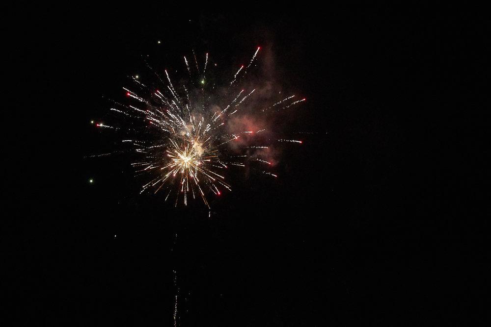 Celebration of Light -  4034 - 104.jpg