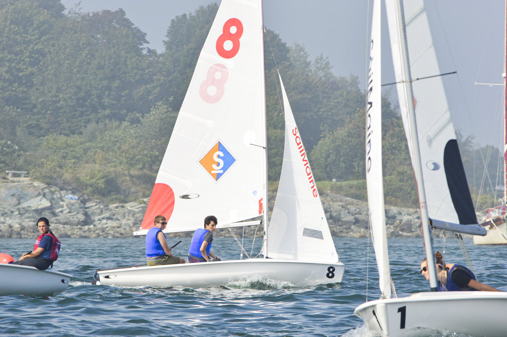 Will and Francisco working upwind mid-race.
