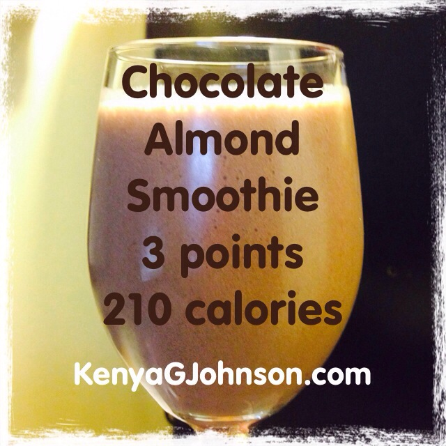 Weight Watchers Chocolate Smoothie Packet ¼ tsp of Almond Extract 1 Frozen Banana ½ cup of Unsweetened Vanilla Almond Milk ½ cup of cold water