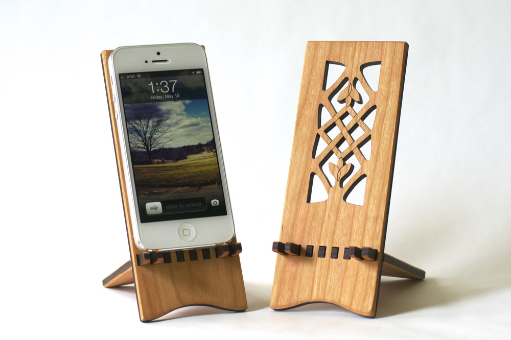 Celtic iPhone Stand, Photo Credit Hannah Simons