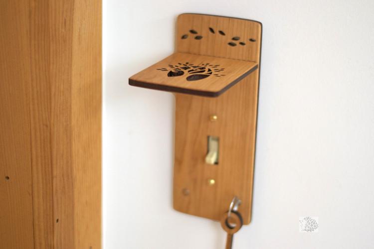 Shelf And Key Light Switch Plates Hannahs Ideas In Wood