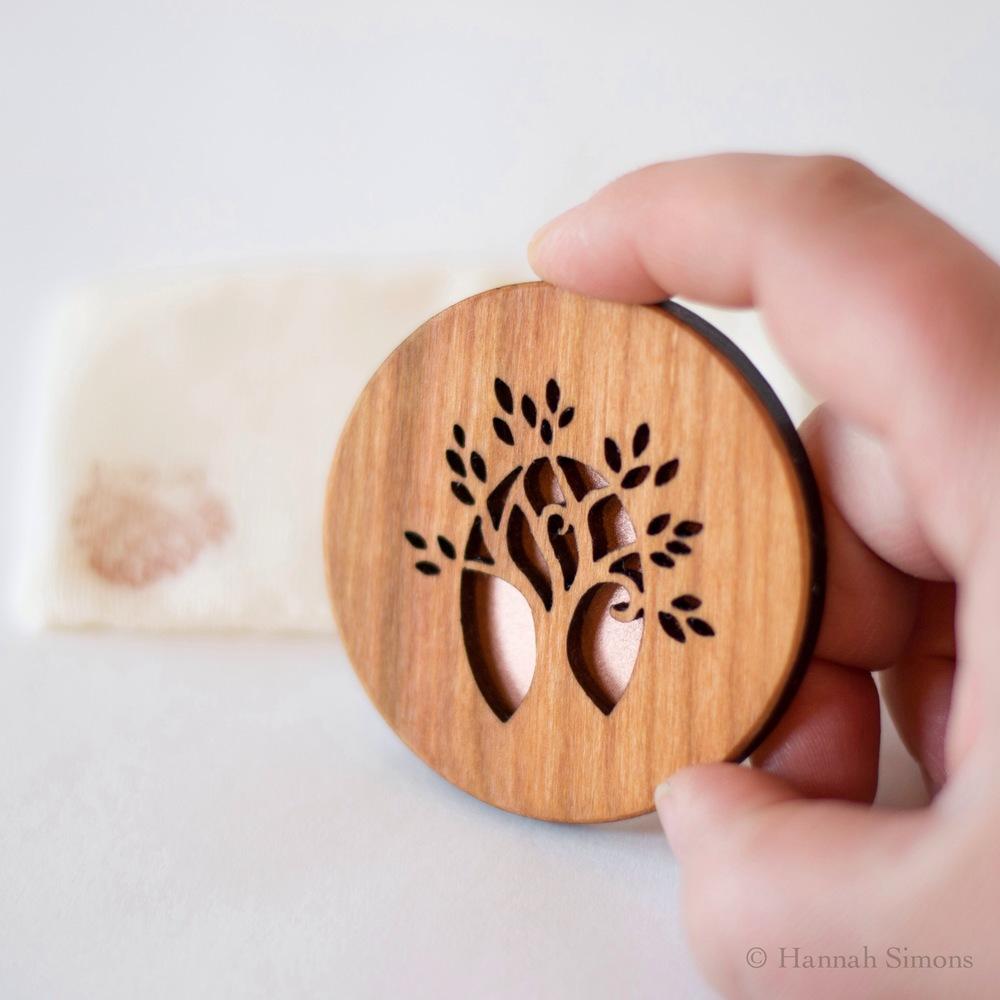 tree-pocket-mirror