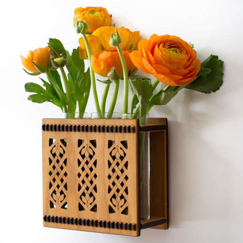 Celtic Triple Bud Vase Flower Vase Wall Vase Hannahs Ideas In