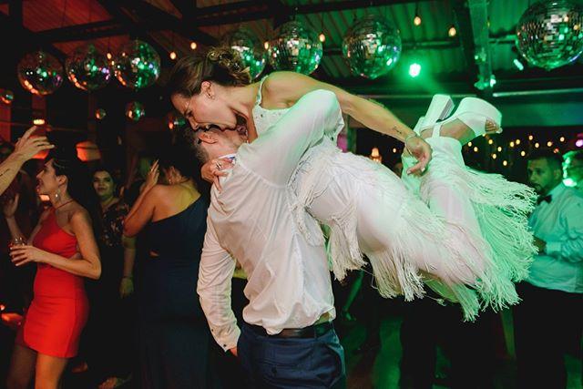 Cerrando el año bien arriba 💪😲. . . . . . . #bodas #bodas2018 #bodasoriginales #tendenciasdebodas #Momentos_Imperfectos