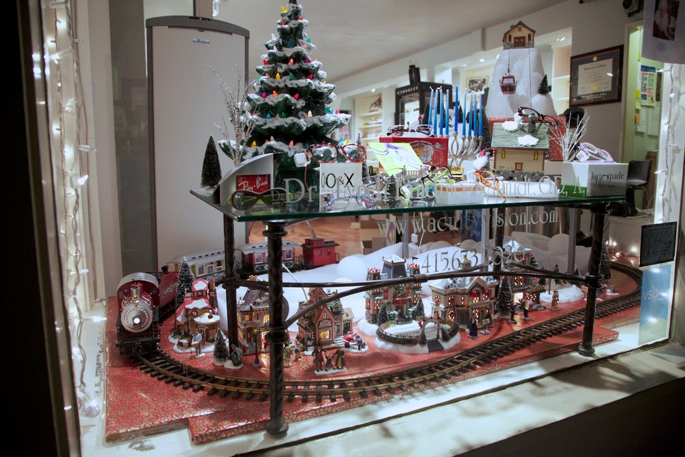 The 2012 Acuity Holiday Window