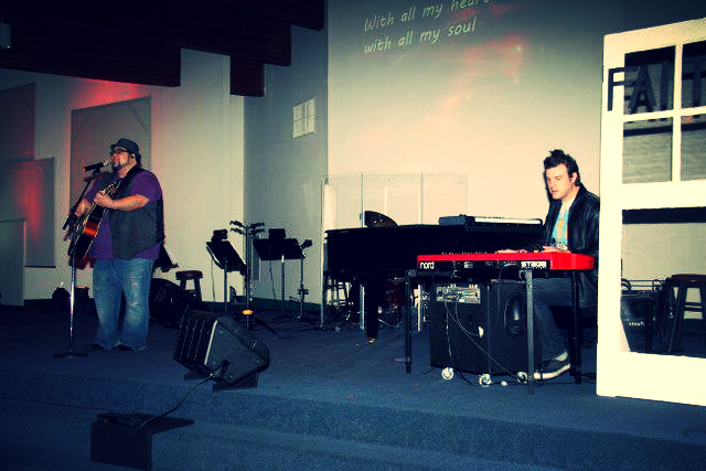 Me accompanying American Idol finalist Joe Banua this past weekend at my church.
