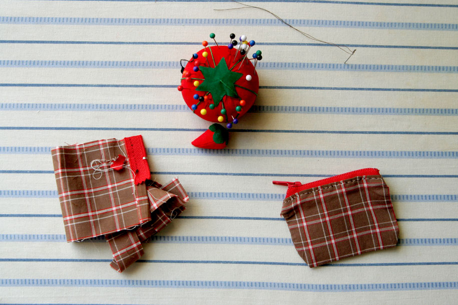 2010 DIY Coin Purse 01.jpg