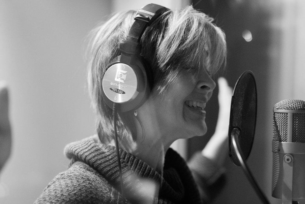 donna singing studio.jpg