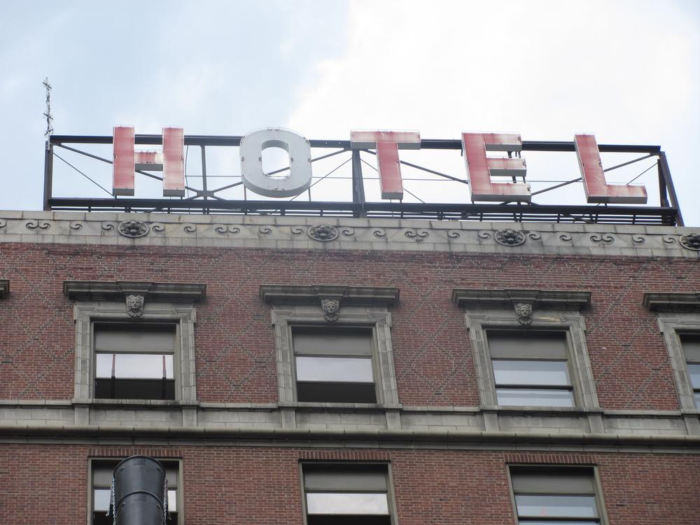 Pere Marquette Hotel sign in Peoria, IL