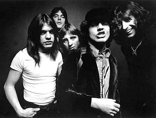 20. In Sydney, Australia, which well known band was formed in 1973 by Glasgow born brothers Angus and Malcolm Young?  AC/DC