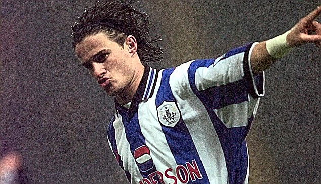 30. Between 1996 and 2002, which Italian striker played in the Premiership for Sheffield Wednesday, Aston Villa, Bradford, Derby County and, finally, a loan period at Middlesbrough, before returning to Italy?  Benito Carbone