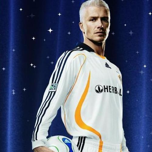 27. What is the name of the US Soccer club which signed David Beckham in 2007? LA Galaxy