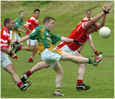 23.  How many players take part in a Gaelic Football match? 30