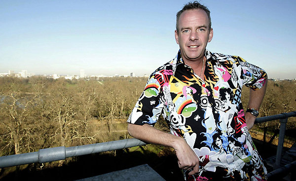 17. What DJ's 2002 free concert attracted an estimated 250,000 fans to Brighton beach? Fatboy Slim's