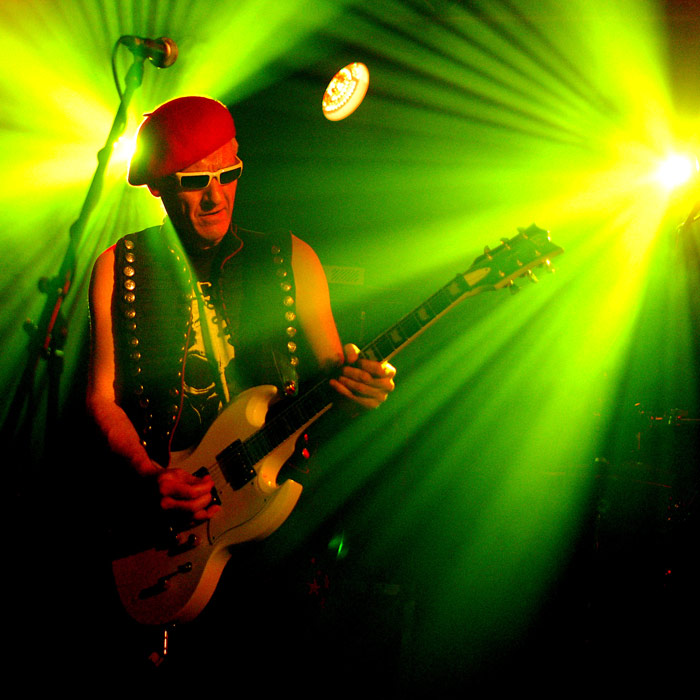 18. Captain Sensible performed with which punk band? The Damned