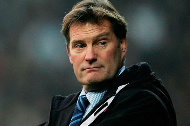 24. Which former player managed Tottenham Hotspur from 2001-2003? Glenn Hoddle