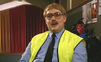 39. Who played the character Keith Lard, the over zealous Fire Safety Officer who had an unhealthy relationship with dogs, in Channel 4's Phoenix Nights? Peter Kaye