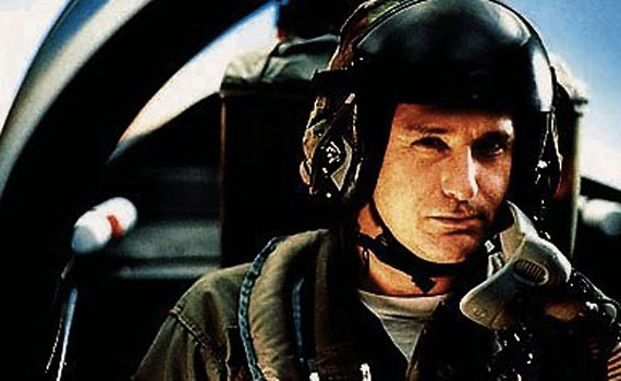 34. Which 1996 (Sci Fi) film featured Bill Pullman as US president Thomas J. Whitmore?Independence Day