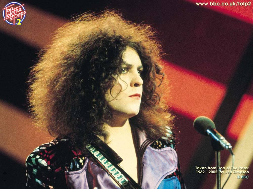 13. Who was the lead singer of T Rex? Marc Bolan