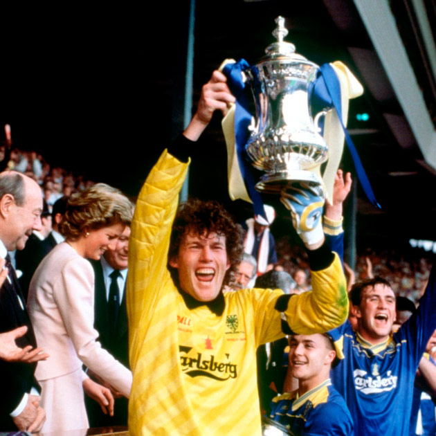 Q30 Who was the first goalkeeper to save a penalty in an FA Cup final? Dave Beasant