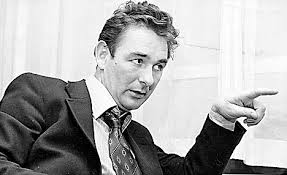 Q22 Who spent just 44 days as manager of Leeds United FC in 1974? Brian Clough
