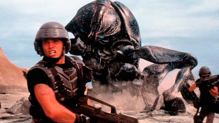 Q40 The 1997 film Starship Troopers was based on a novel by which renowned Sci Fi author? Robert A Heinlein