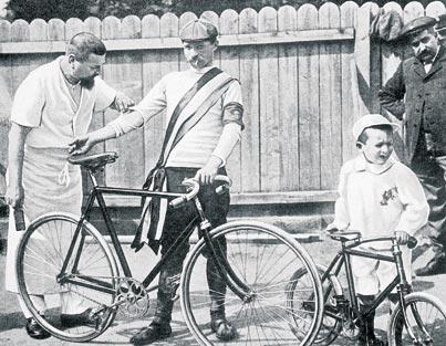 Q21 Which famous cycle race was first staged in 1903? The Tour De France