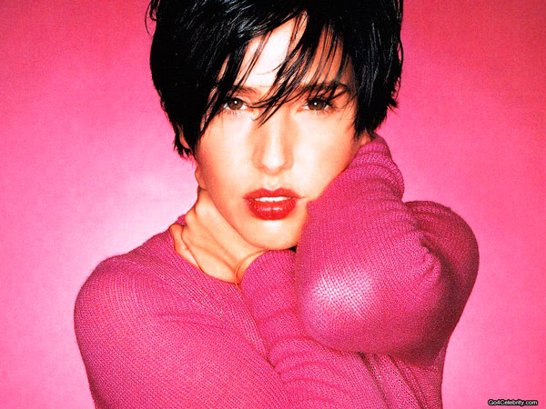 Q19 Sharleen Spiteri was the vocalist for which band formed in the late 80's (in Glasgow)? Texas