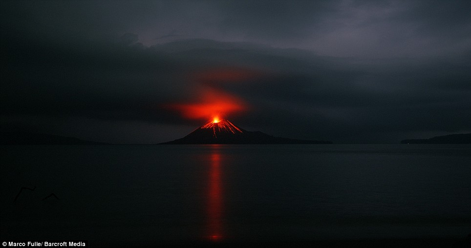 Q7 Which (famous) volcano between Java and Sumatra erupted catastrophically in 1883? Krakatoa