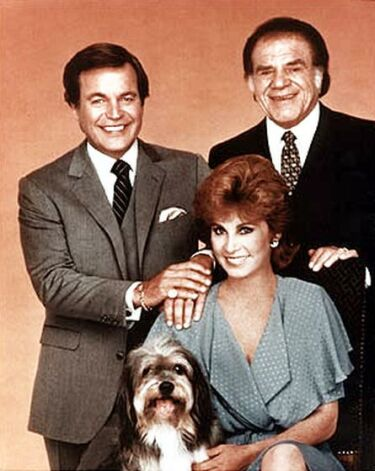 Q39 What was the character name of the loyal, gravel-voiced housekeeper to Jonathan and Jennifer Hart in the 80s TV series Hart to Hart, and for a bonus point what was the name of the dog? Max played by Lionel Stander and Freeway the dog