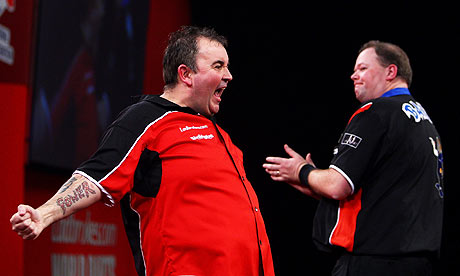 Q25 Which darts player's walk on tune is 'The Power' by 90's Electro Pop Group Snap? Phil 'The Power' Taylor