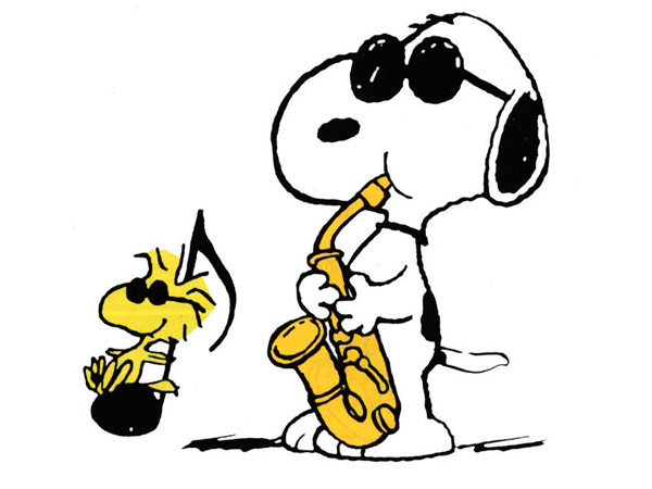 Q6 In the Peanuts cartoon strip, what's the name of Snoopy's little yellow friend? Woodstock