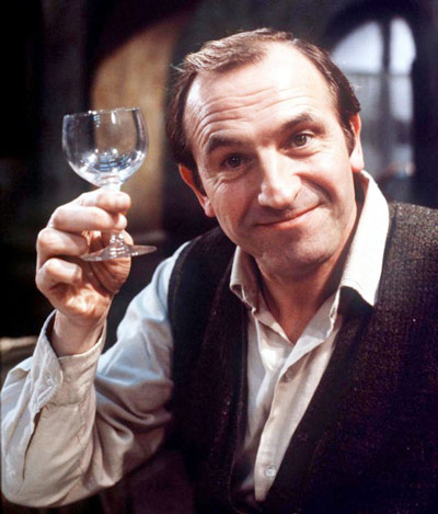 Q34 In the classic comedy Rising Damp, Rigsby's cat shares its name with which european capital city? Vienna