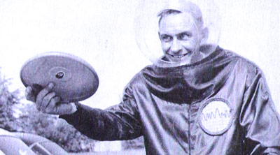 Q8 Walter Frederick Morrison invented the Whirlo-Way in 1946, he perfected it and marketed his invention as the Pluto platter in 1955. How is his famous toy more commonly known today? The Frisbee