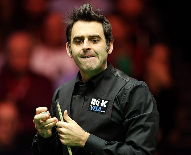 Q30 Which snooker player holds the record for the fastest ever 147 break? And for a bonus how many minutes did it take him? Ronnie O'Sullivan took 5 minutes 20 seconds to score 147 in 1997