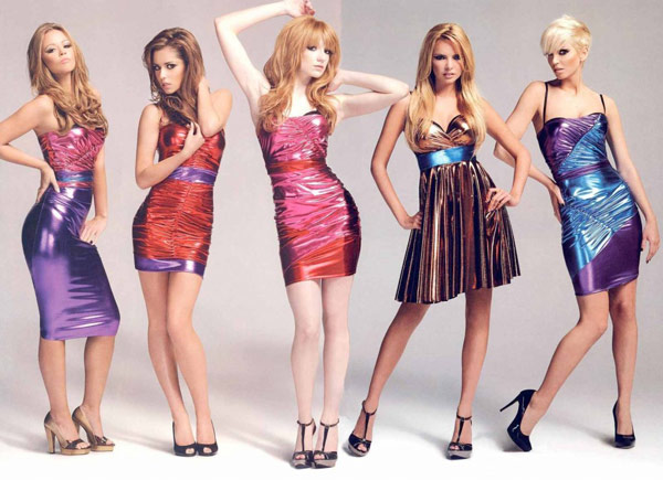 Q16 What was the title of Girls Aloud's UK Christmas number one single in 2002? Sound of the Underground